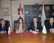 Signing-Agreements-Between-Minister-Roni-Aragi-Mrs-Maya-De-Freig-1